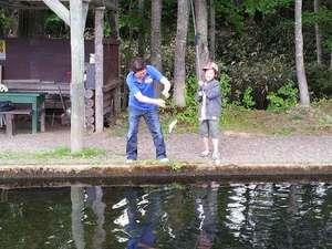 ニセコの魚を釣り放題♪釣堀フィッシング付宿泊プラン
